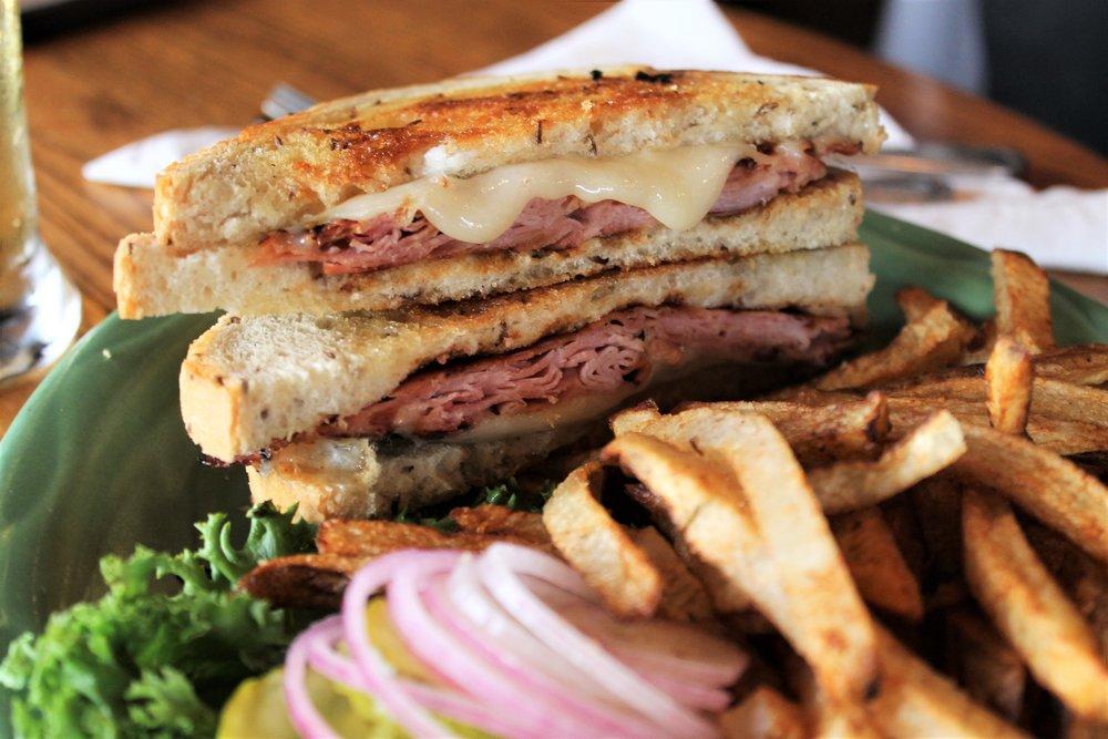 McCabe Pub Ham & Swiss