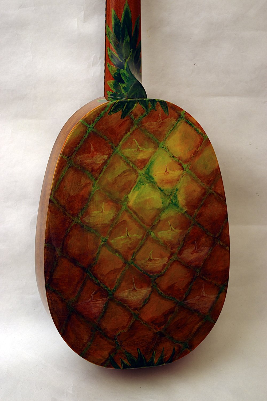 pineapple ukulele3a.jpg