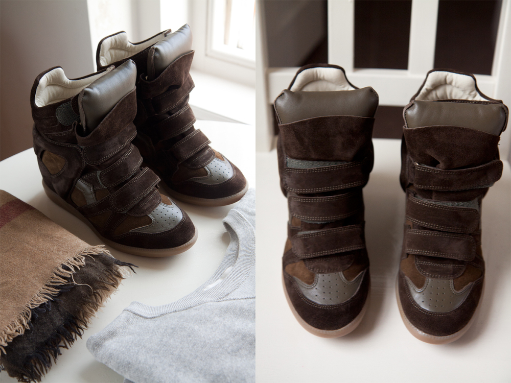 Burberry scarf/Isabel MarantxH&M sweater/Isabel Marant sneakers