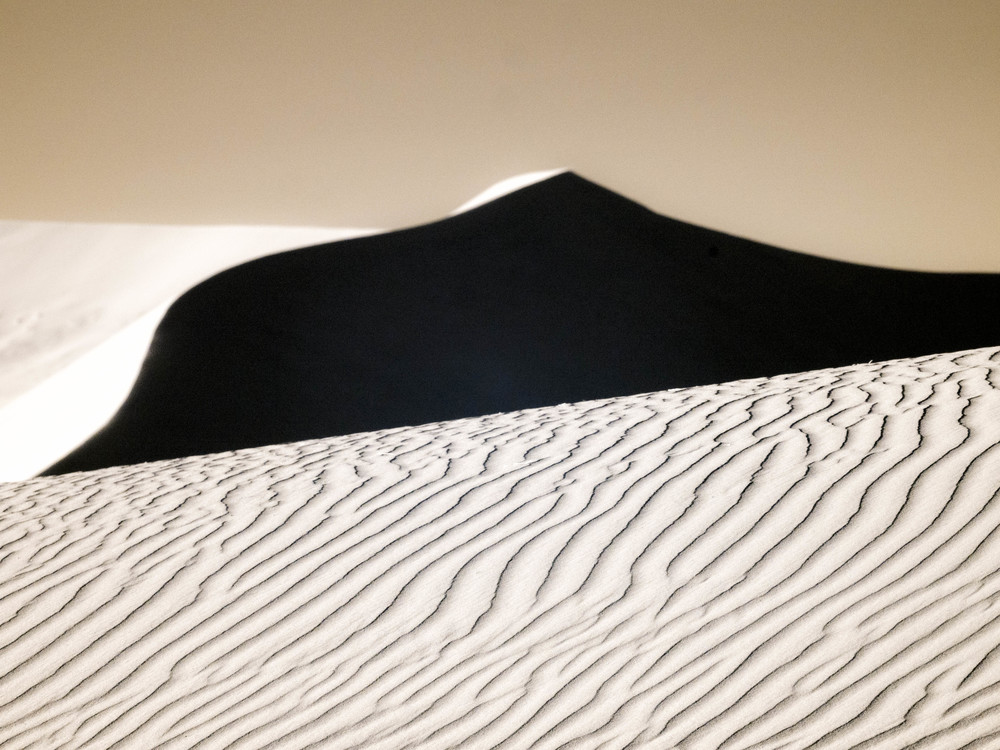 """Waves on Dune"""