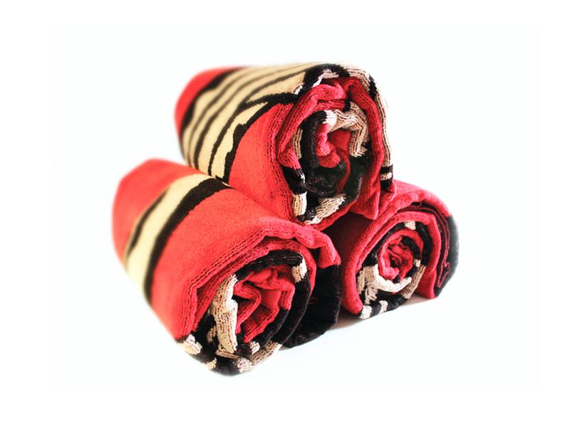 Kissane Viola Design - Branding - KaiKimba - Kim McDonald Towels 4.png