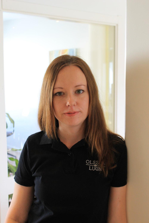 Maria Lugn   Auktoriserad redovisningskonsult  Maria arbetar främst med företagsutveckling, skatteplanering och HR-frågor.  0731-41 87 88  maria@olssonlugn.se