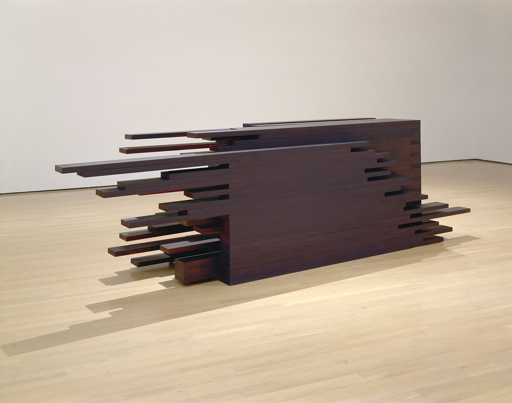 In extenso  (2005)   Bois polychrome, 180 x 250 x 950 cm, collection du Musée d'art contemporain de Montréal. photo : Richard-Max Tremblay