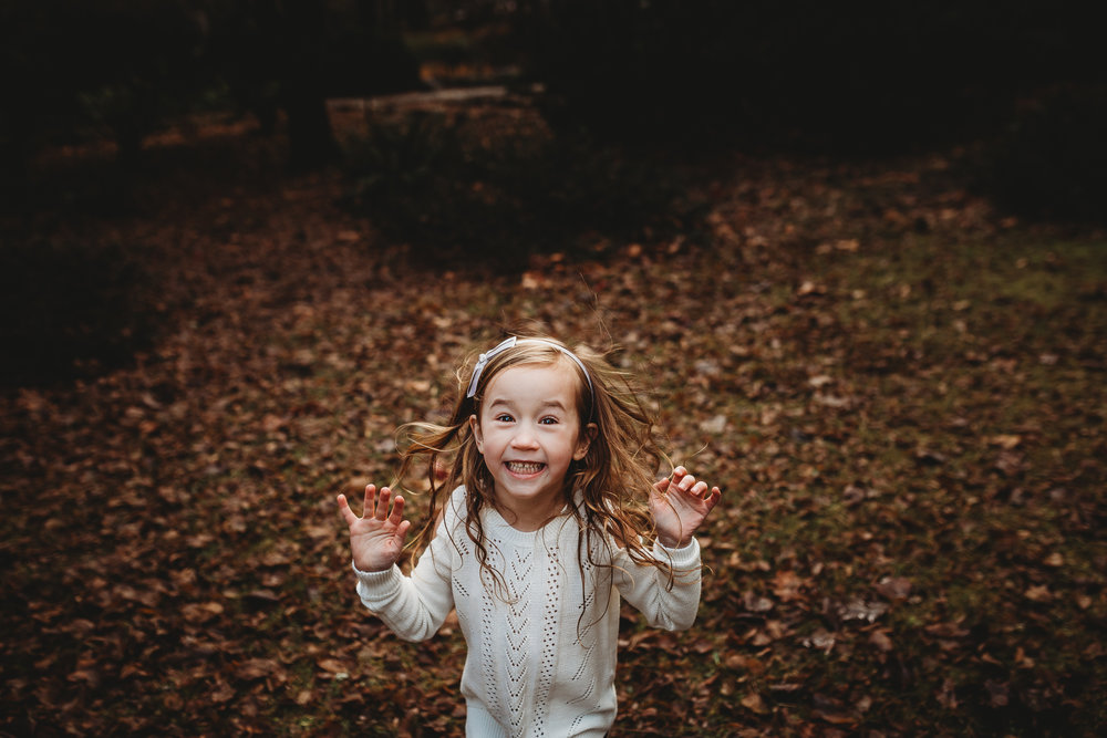 Happy-Jumping-Toddler-Southern-Oregon-Lifestyle-Photographer-1.jpg