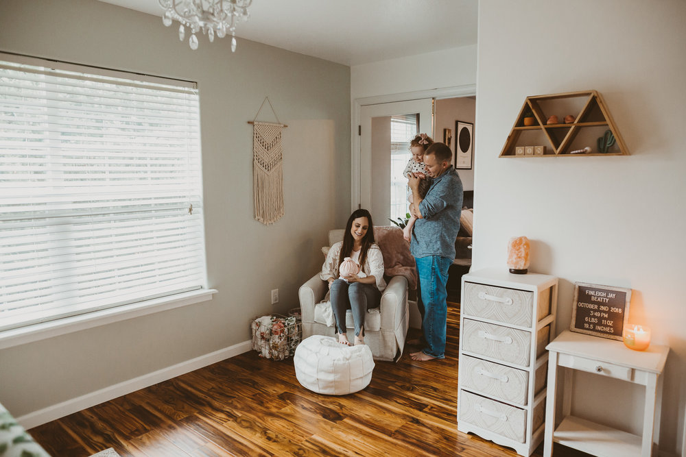 newborn nursery medford Oregon lifestyle photographer