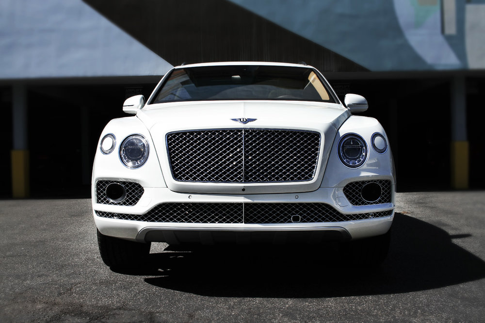 BentleyBentayga_001.jpg