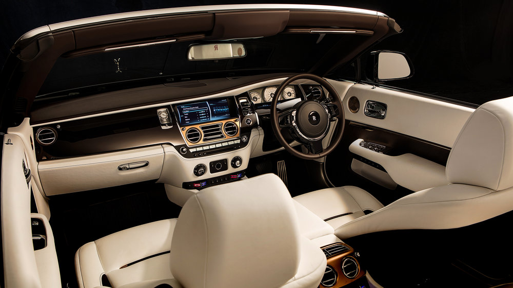 rolls_royce_dawn_inspired_by_music_2018_interior_4k-HD.jpg