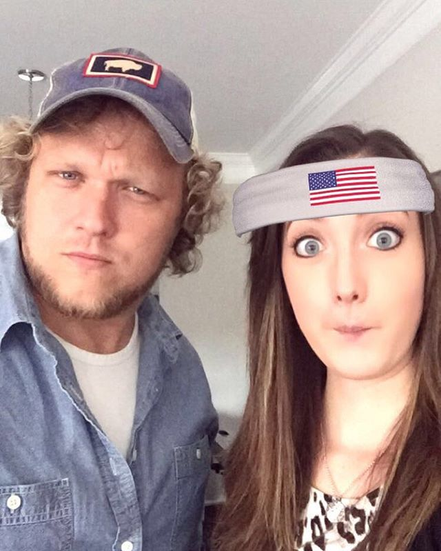 One of us is giving the smolder, the other is pretending she's an Olympian. Either way, these faces will be at Puckett's in downtown Nashville at 7:00pm TONIGHT! Will yours? Hope to see y'all there!
