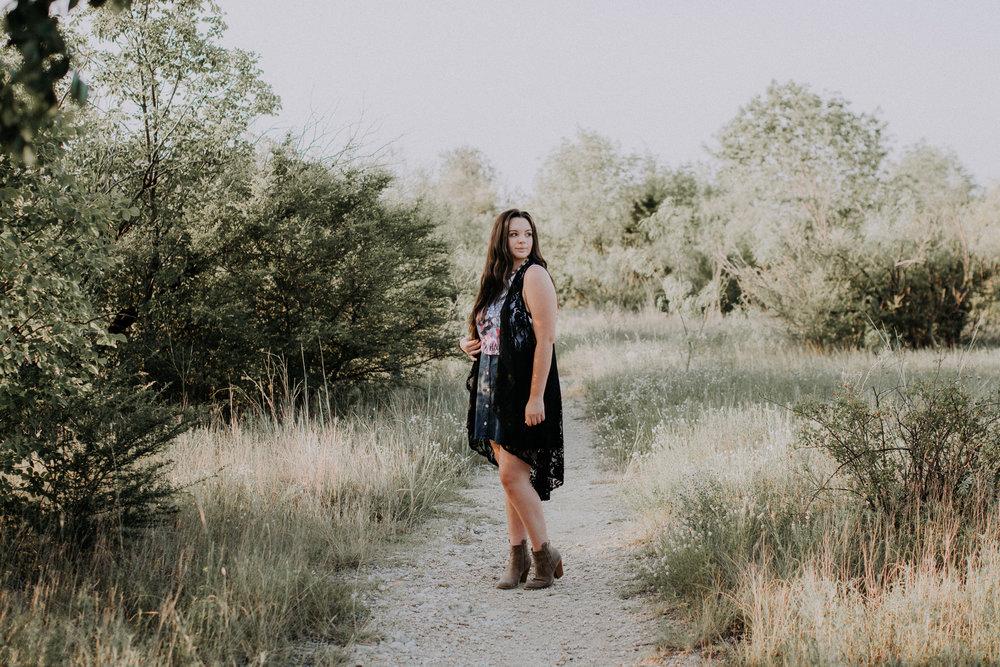 senior-session-photographer-tandy-hills-nature-preserve-fort-worth-texas-4