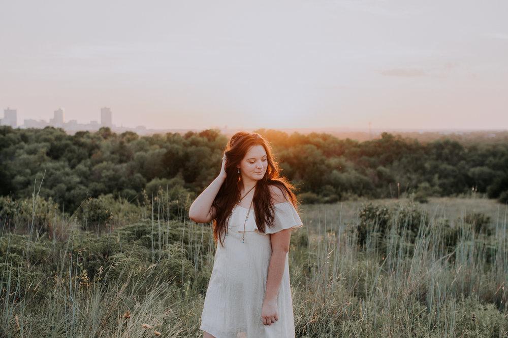 senior-session-photographer-tandy-hills-nature-preserve-fort-worth-texas-15