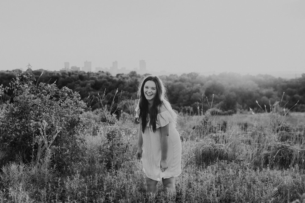 senior-session-photographer-tandy-hills-nature-preserve-fort-worth-texas-18