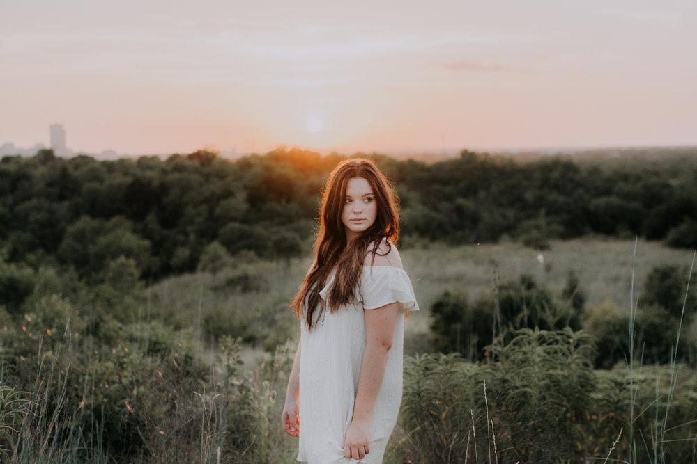 senior-session-photographer-tandy-hills-nature-preserve-fort-worth-texas-24
