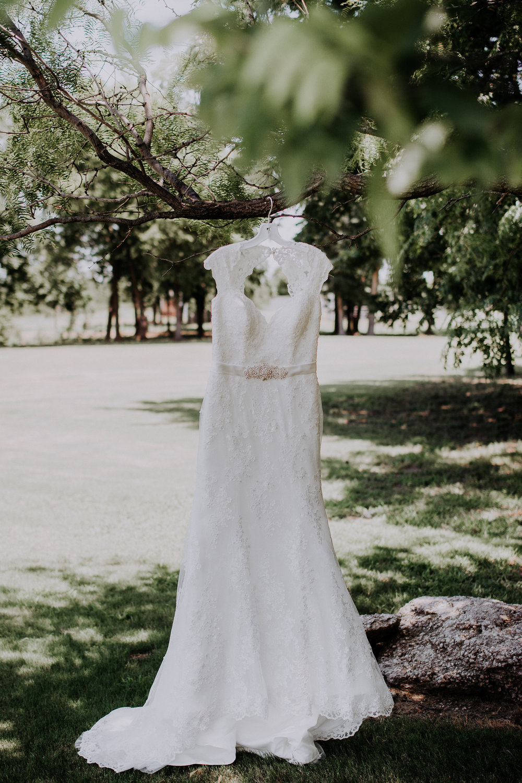 Dallas-wedding-photographer-thistle-springs-ranch-cleburne-texas-1