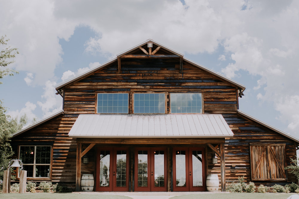 Dallas-wedding-photographer-thistle-springs-ranch-cleburne-texas-24