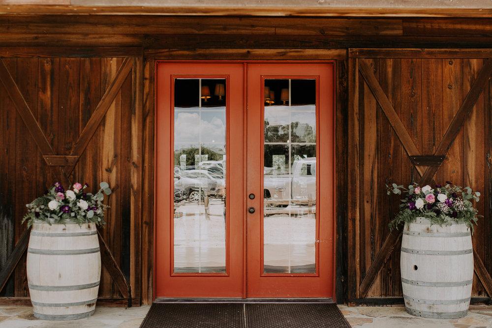 Dallas-wedding-photographer-thistle-springs-ranch-cleburne-texas-26