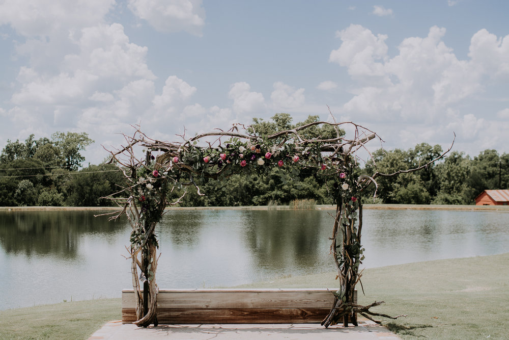 Dallas-wedding-photographer-thistle-springs-ranch-cleburne-texas-27