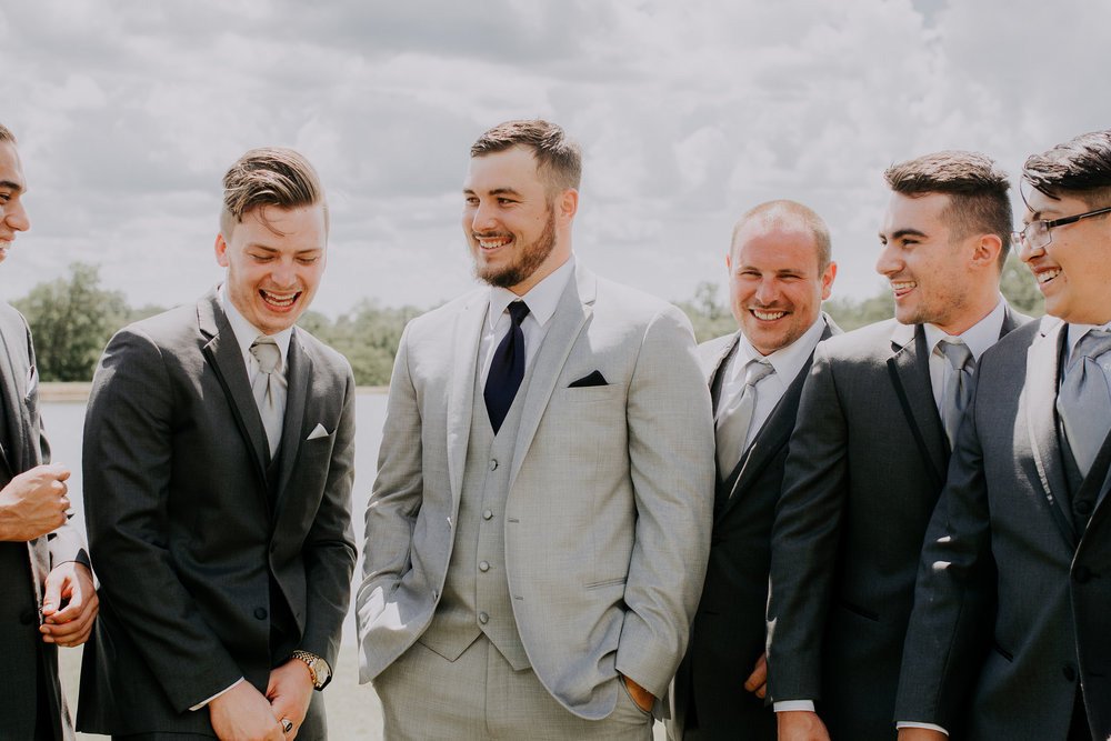 Dallas-wedding-photographer-thistle-springs-ranch-cleburne-texas-36