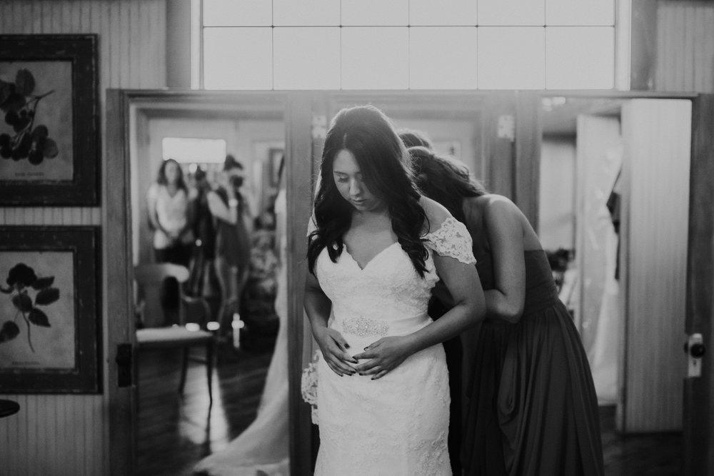 Dallas-wedding-photographer-thistle-springs-ranch-cleburne-texas-43