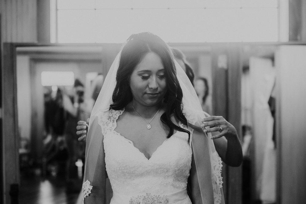 Dallas-wedding-photographer-thistle-springs-ranch-cleburne-texas-44