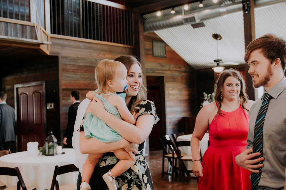 Dallas-wedding-photographer-thistle-springs-ranch-cleburne-texas-47