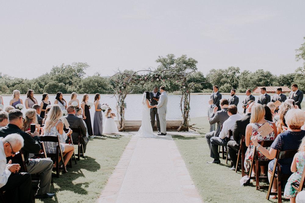 Dallas-wedding-photographer-thistle-springs-ranch-cleburne-texas-50