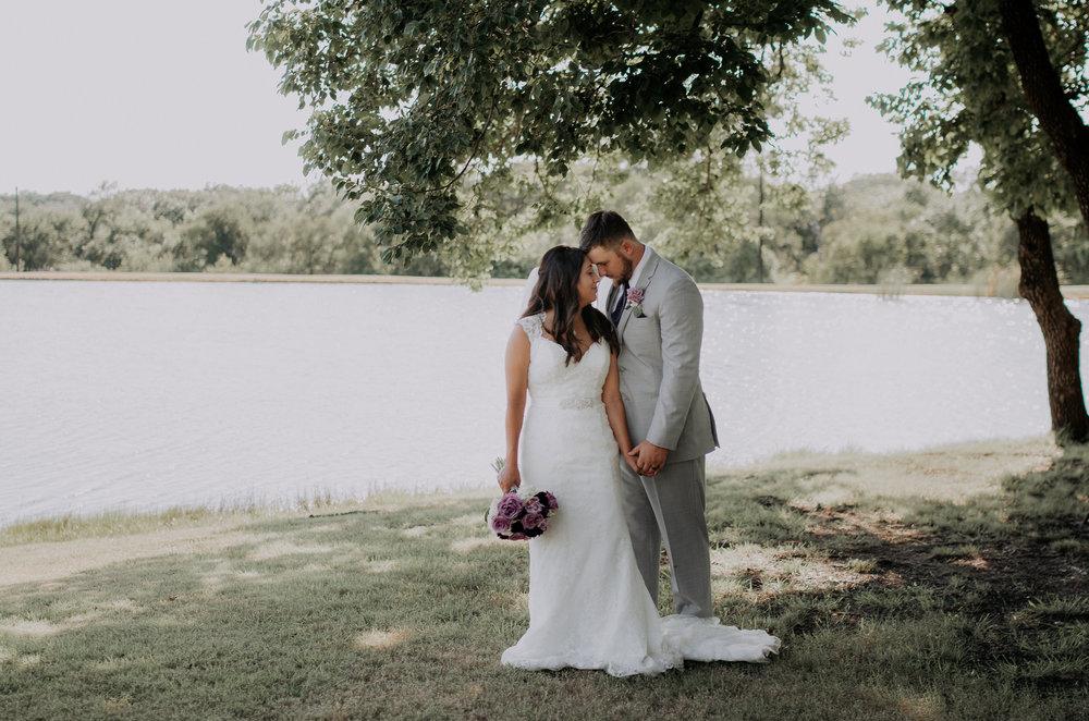 Dallas-wedding-photographer-thistle-springs-ranch-cleburne-texas-58