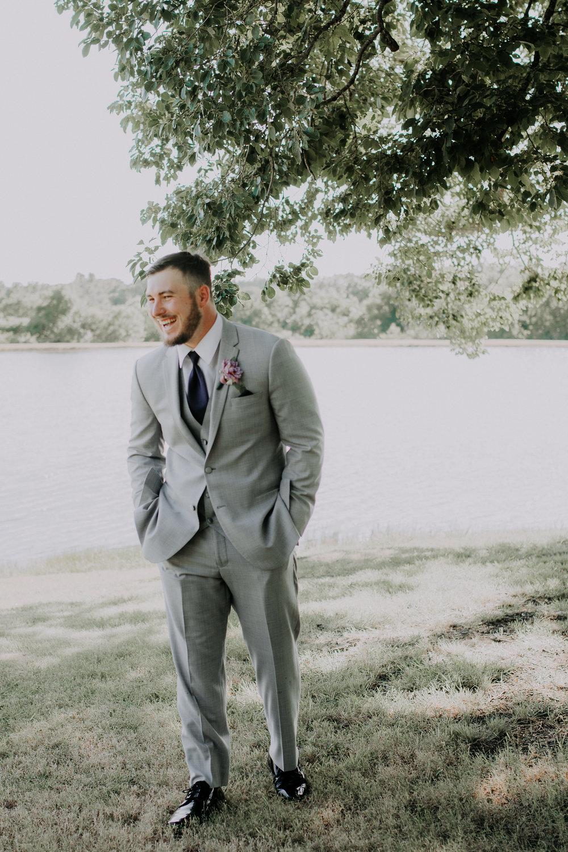 Dallas-wedding-photographer-thistle-springs-ranch-cleburne-texas-61