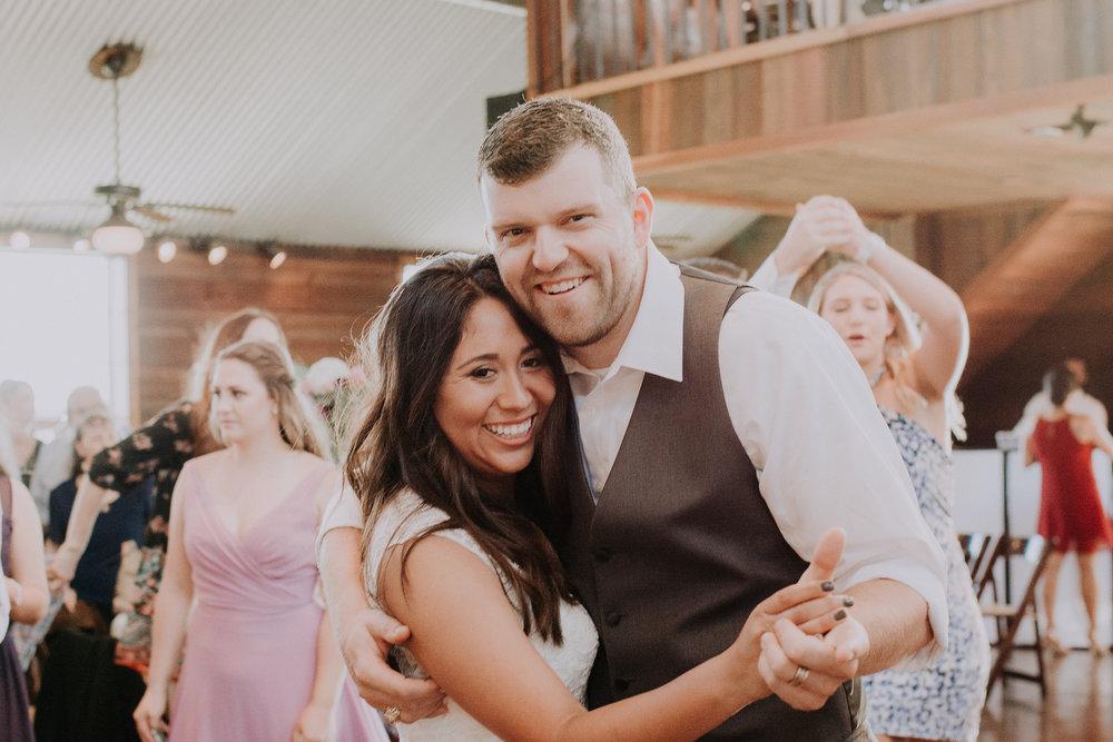 Dallas-wedding-photographer-thistle-springs-ranch-cleburne-texas-66