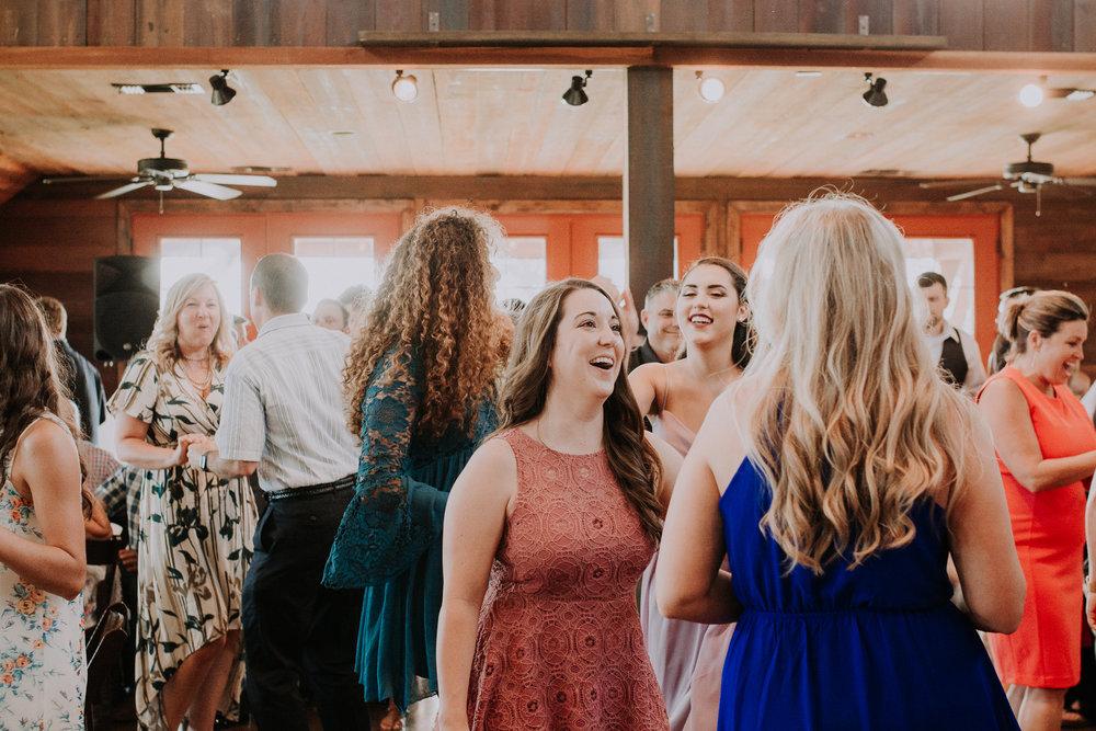Dallas-wedding-photographer-thistle-springs-ranch-cleburne-texas-67