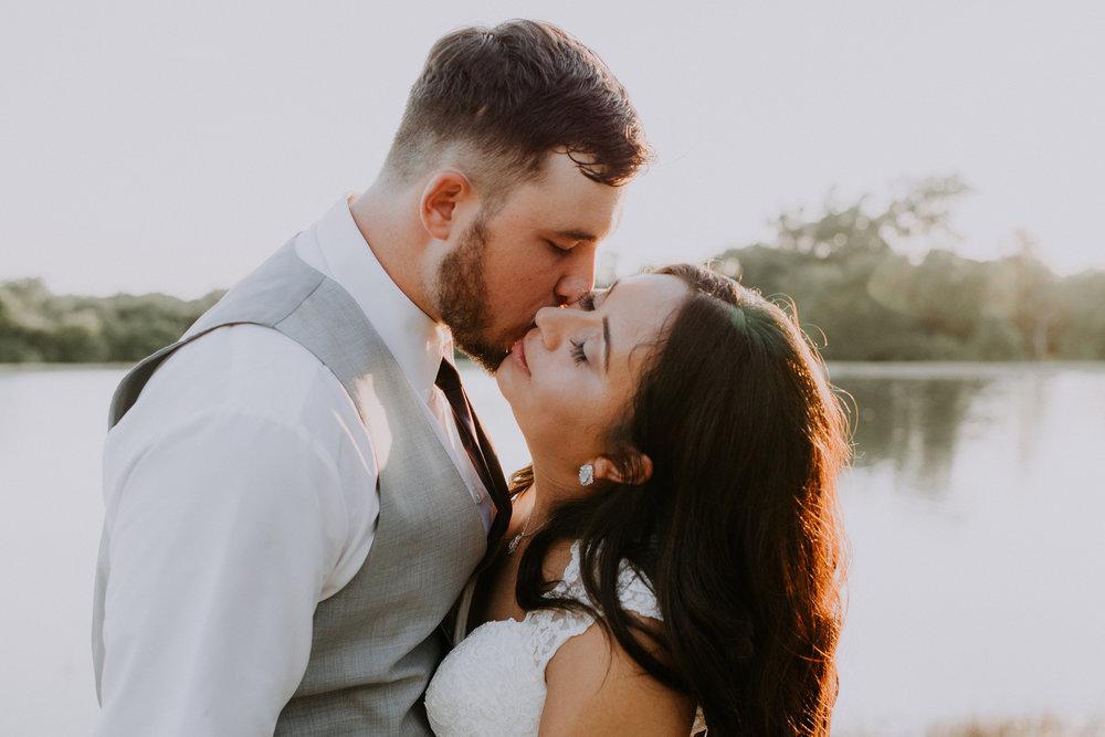 Dallas-wedding-photographer-thistle-springs-ranch-cleburne-texas-69