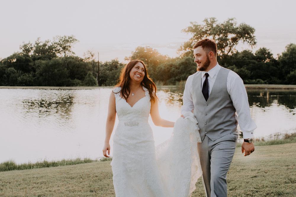Dallas-wedding-photographer-thistle-springs-ranch-cleburne-texas-70