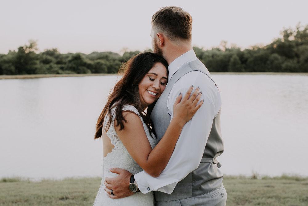 Dallas-wedding-photographer-thistle-springs-ranch-cleburne-texas-71