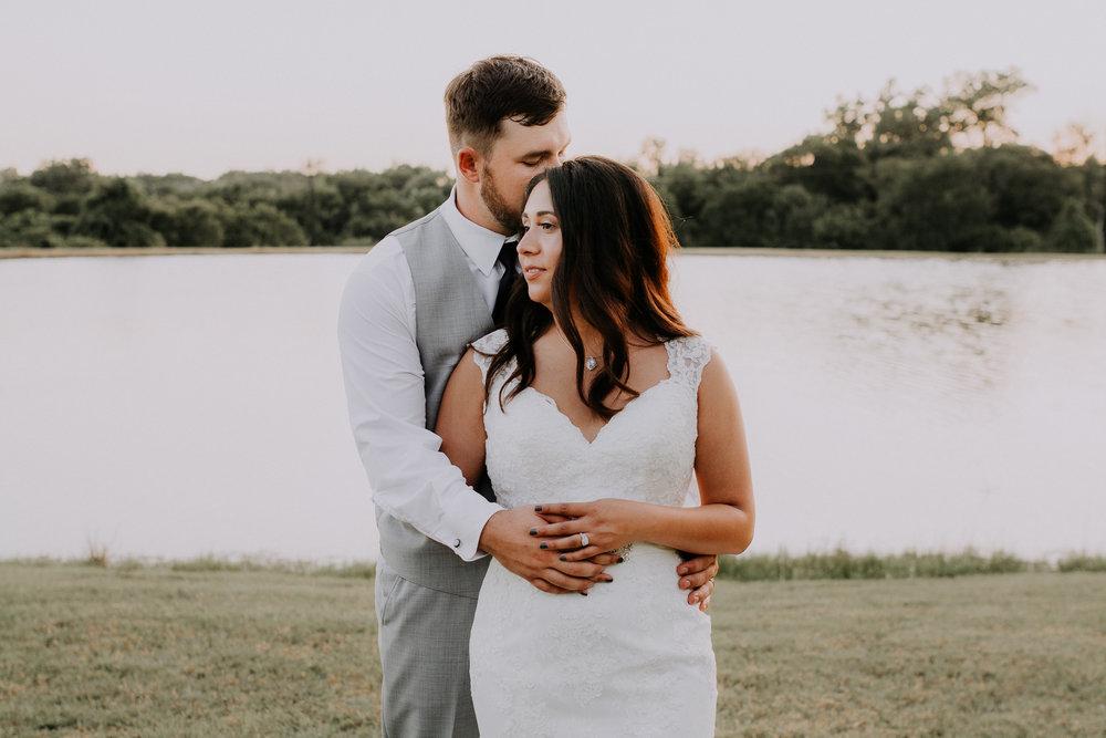 Dallas-wedding-photographer-thistle-springs-ranch-cleburne-texas-73