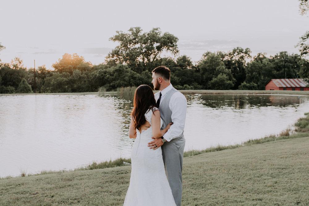 Dallas-wedding-photographer-thistle-springs-ranch-cleburne-texas-75