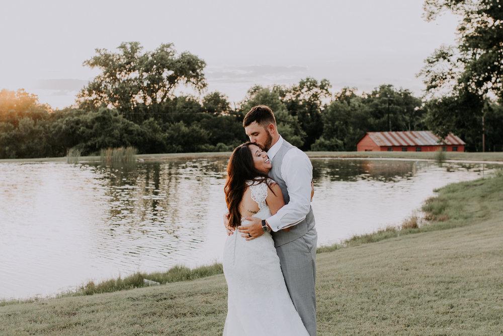 Dallas-wedding-photographer-thistle-springs-ranch-cleburne-texas-77