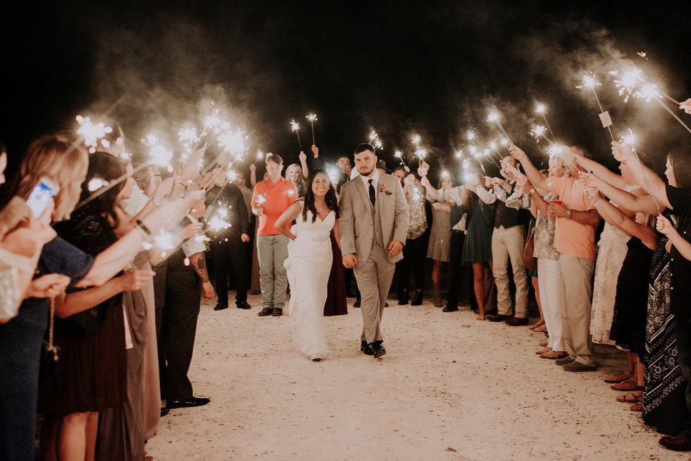 Dallas-wedding-photographer-thistle-springs-ranch-cleburne-texas-80