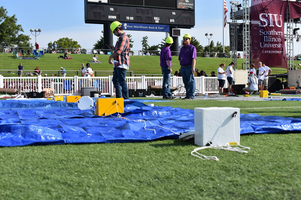 Preparing the balloons for flight
