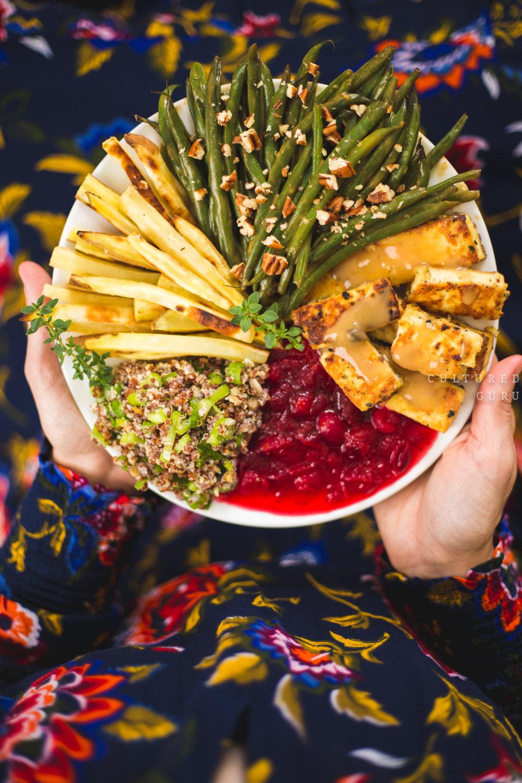Vegan Thanksgiving meal. Photo credit: Scott Chachere .
