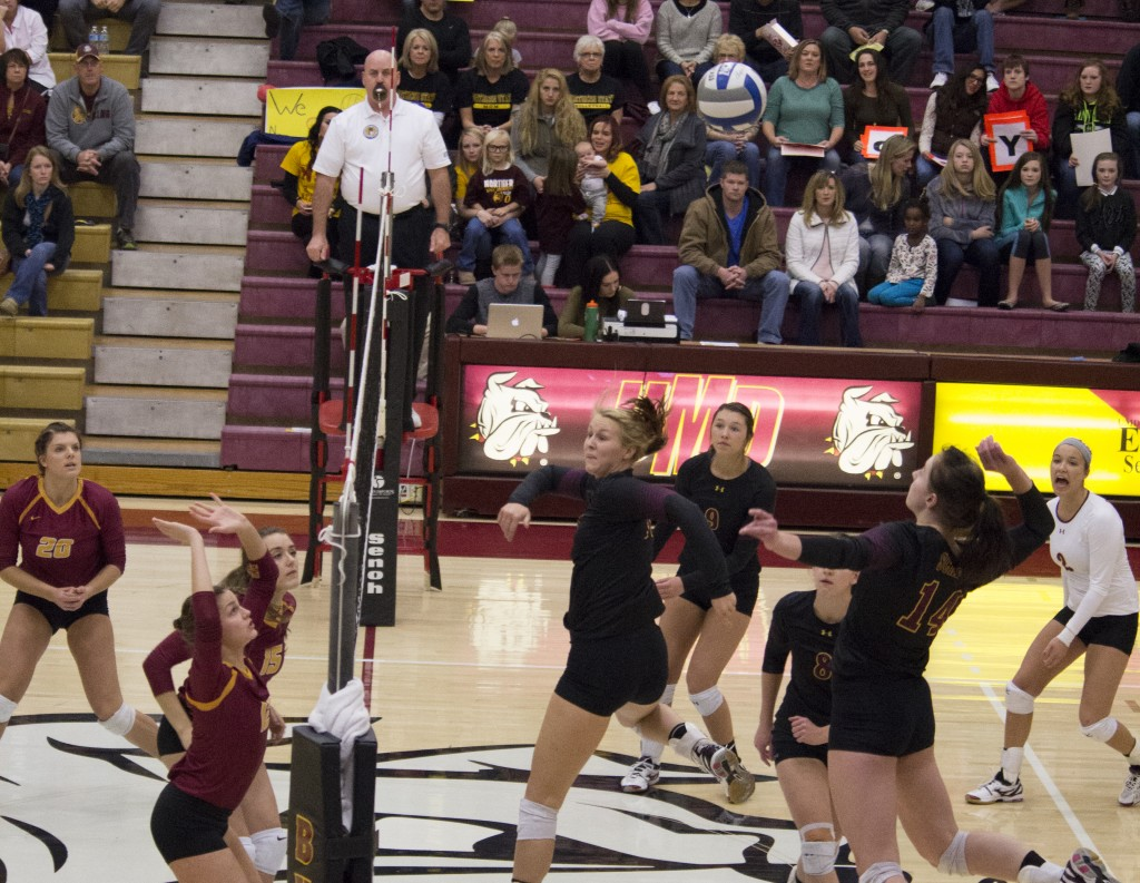 Mariah Scharf, named NCAA Division II Women's National Player of the Week by the American Volleyball Coaches Association, had 30 kills in UMD's win over Northern State in their final game of NSIC play.