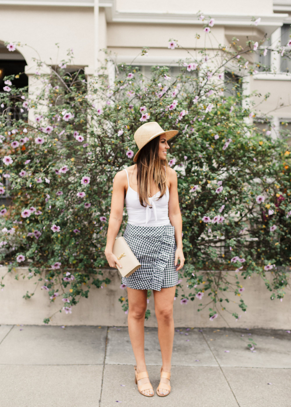 san francisco gingham skirt white top straw hat