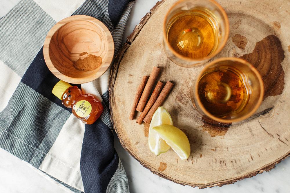fall cocktails cinnamon bourbon lemon