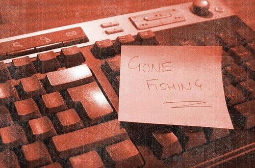 gone-fishing-keyboard.jpg