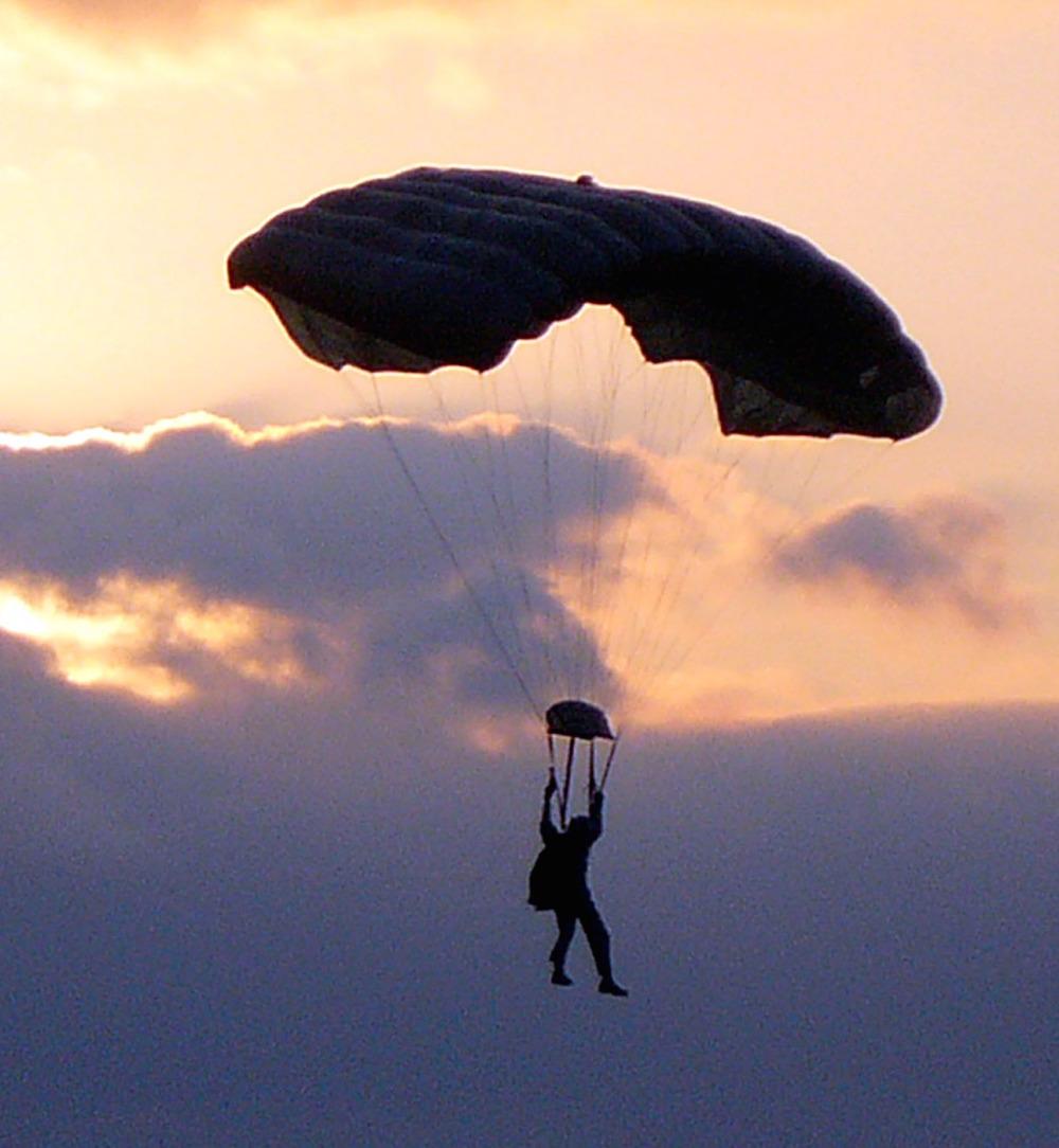 MARSOC_parachutist.jpg