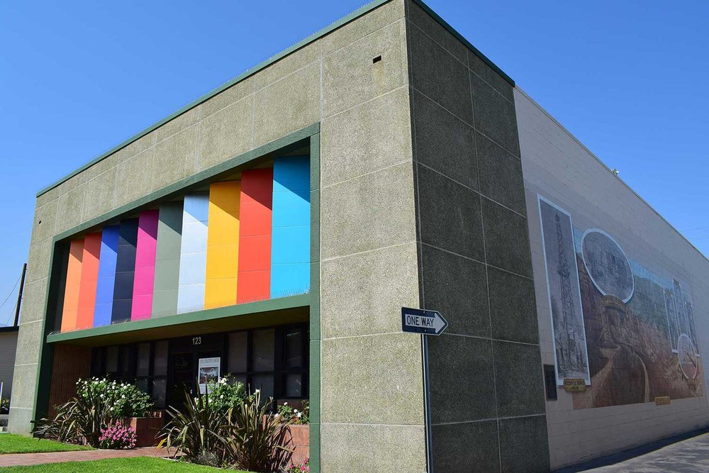 The facade of the Museum's Cole Creativity Center.