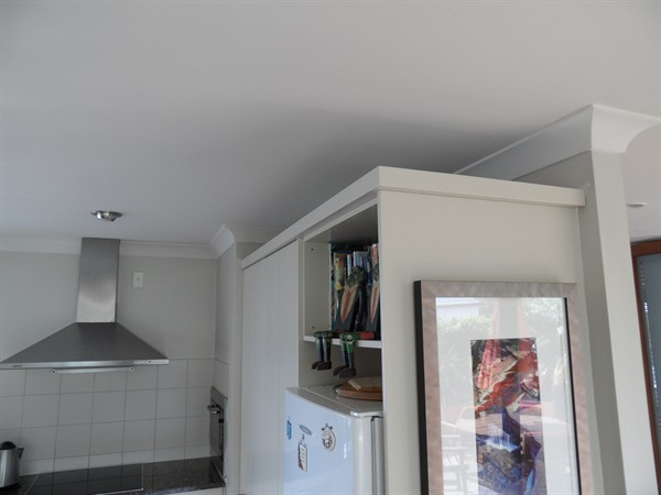 Square capping (above cupboards)