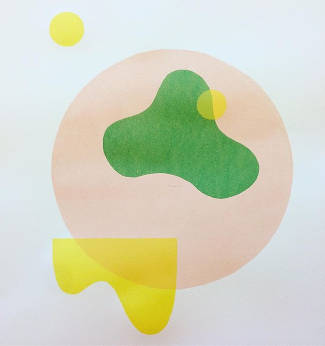 Half way done my first screen print! . . . . . . . #screenprinting #design #diseño #2d #pink #green #yellow #philadelphia #localart #productdesign