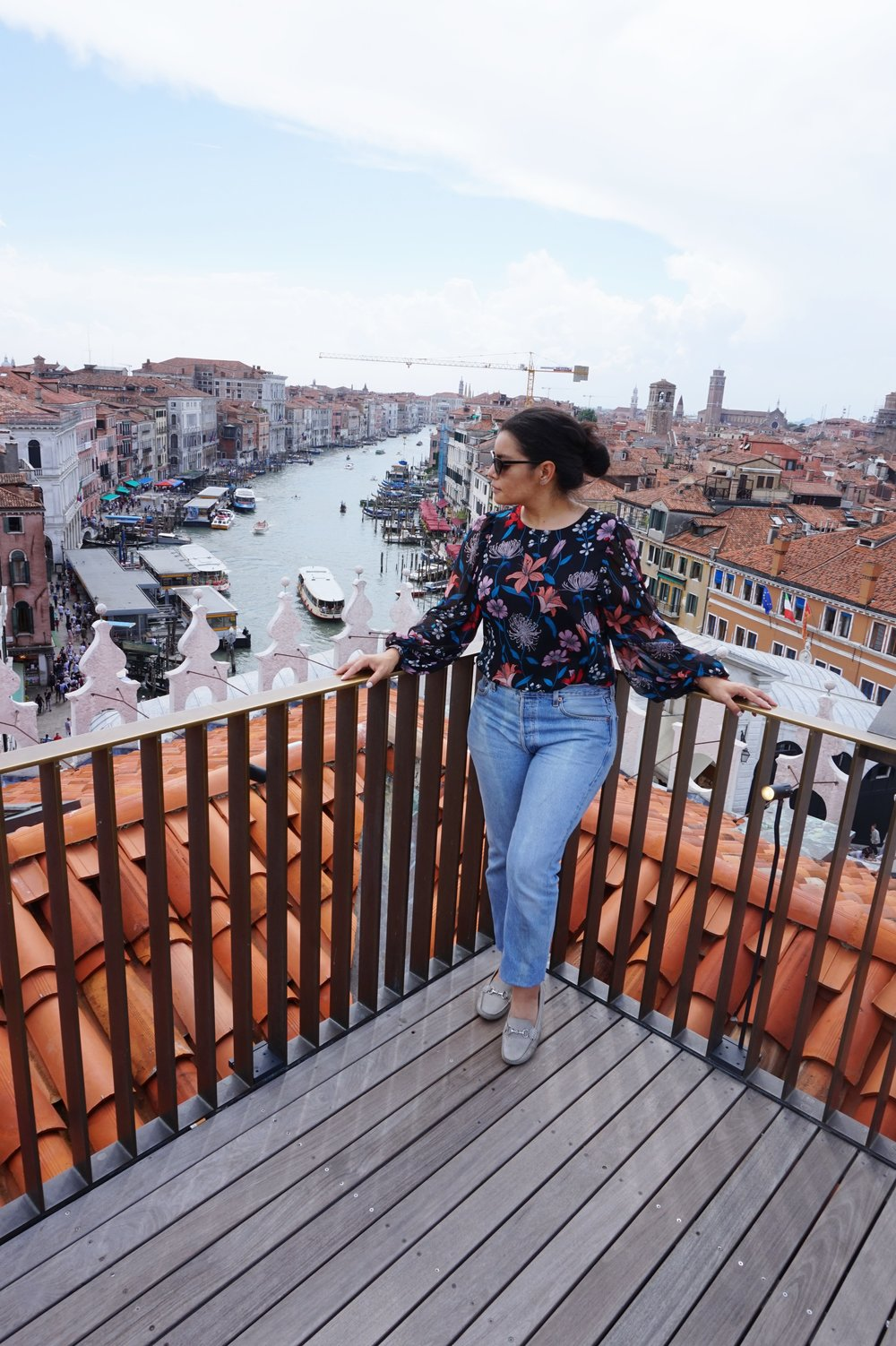 T Fondaco dei Tedeschi in Venice view