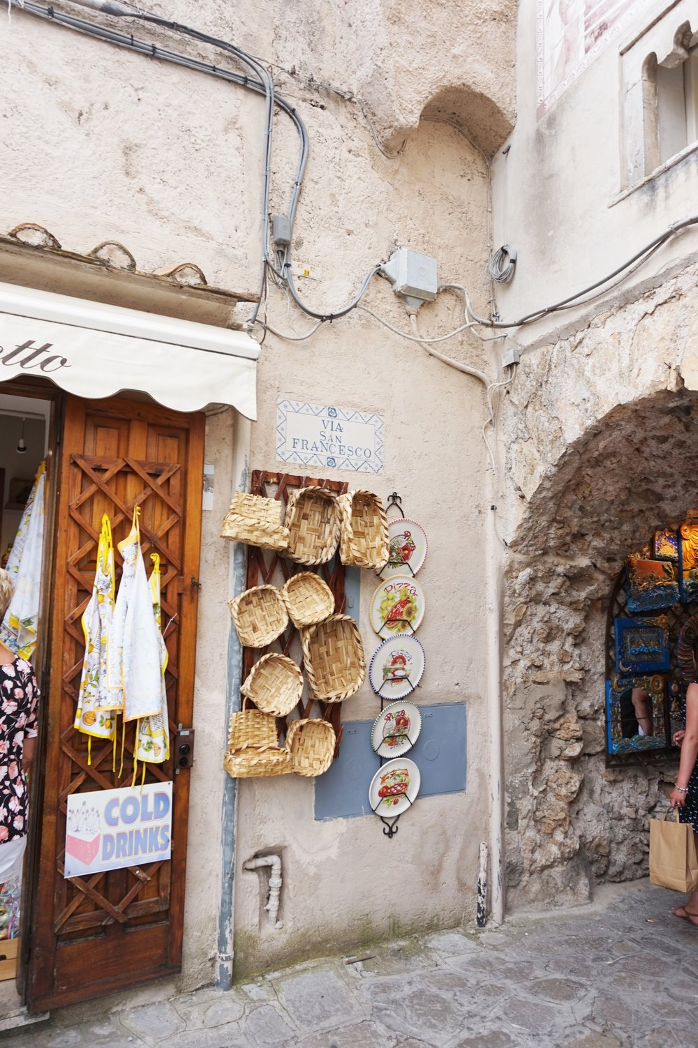 Ravello Italy travel guide tips