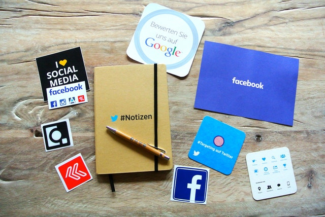 Variety of social media platforms used in business