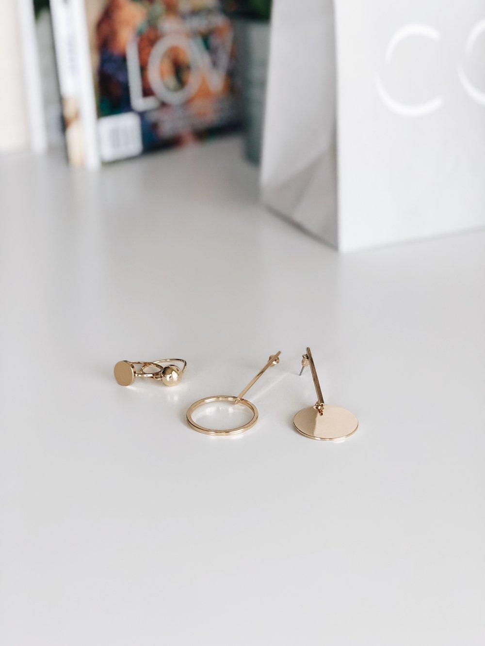 dreaspeaks COS jewelry